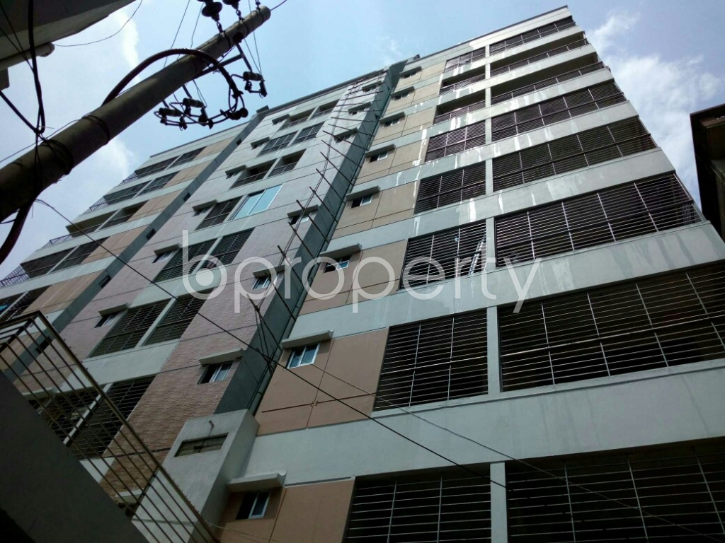 Outside view - 3 Bed Apartment to Rent in Dhanmondi, Dhaka - 1891372