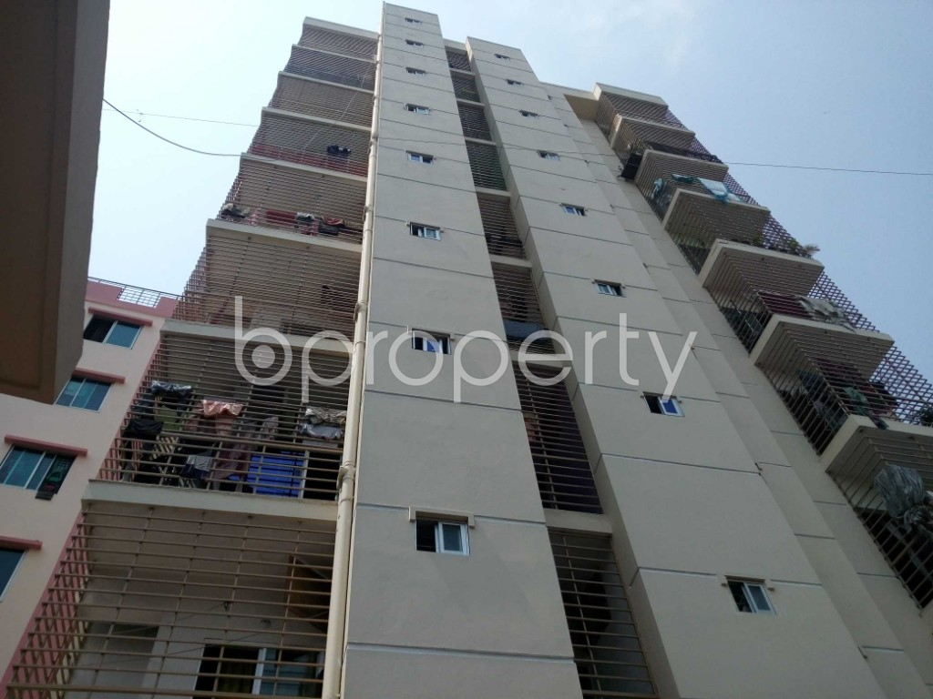 Front view - 3 Bed Apartment for Sale in 33 No. Firingee Bazaar Ward, Chattogram - 1891690