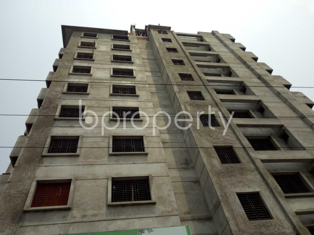 Front view - 3 Bed Apartment for Sale in Bashundhara R-A, Dhaka - 1891898