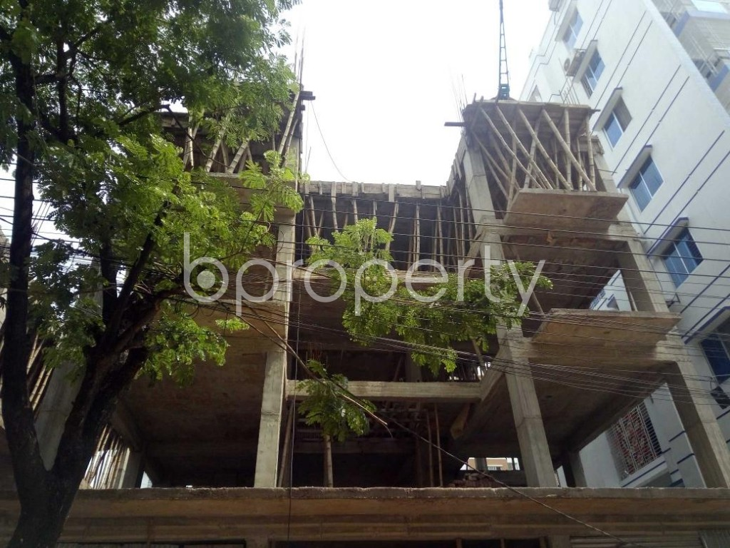 Front view - 3 Bed Apartment for Sale in Bashundhara R-A, Dhaka - 1892328