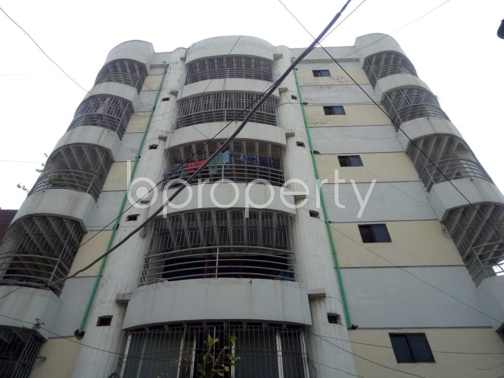 Front view - 4 Bed Apartment to Rent in Gulshan, Dhaka - 1892335