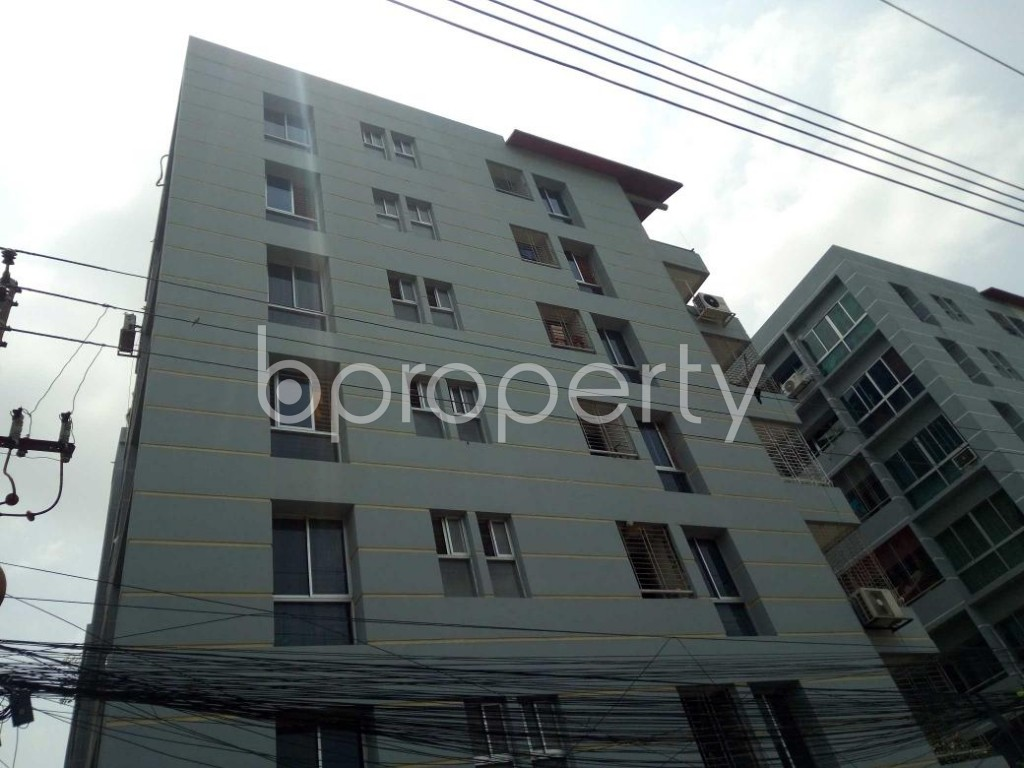 Front view - 4 Bed Apartment for Sale in Bashundhara R-A, Dhaka - 1892362