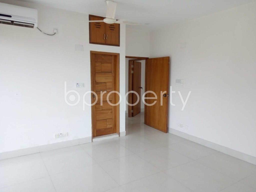 Bedroom - 4 Bed Apartment to Rent in Gulshan, Dhaka - 1892375