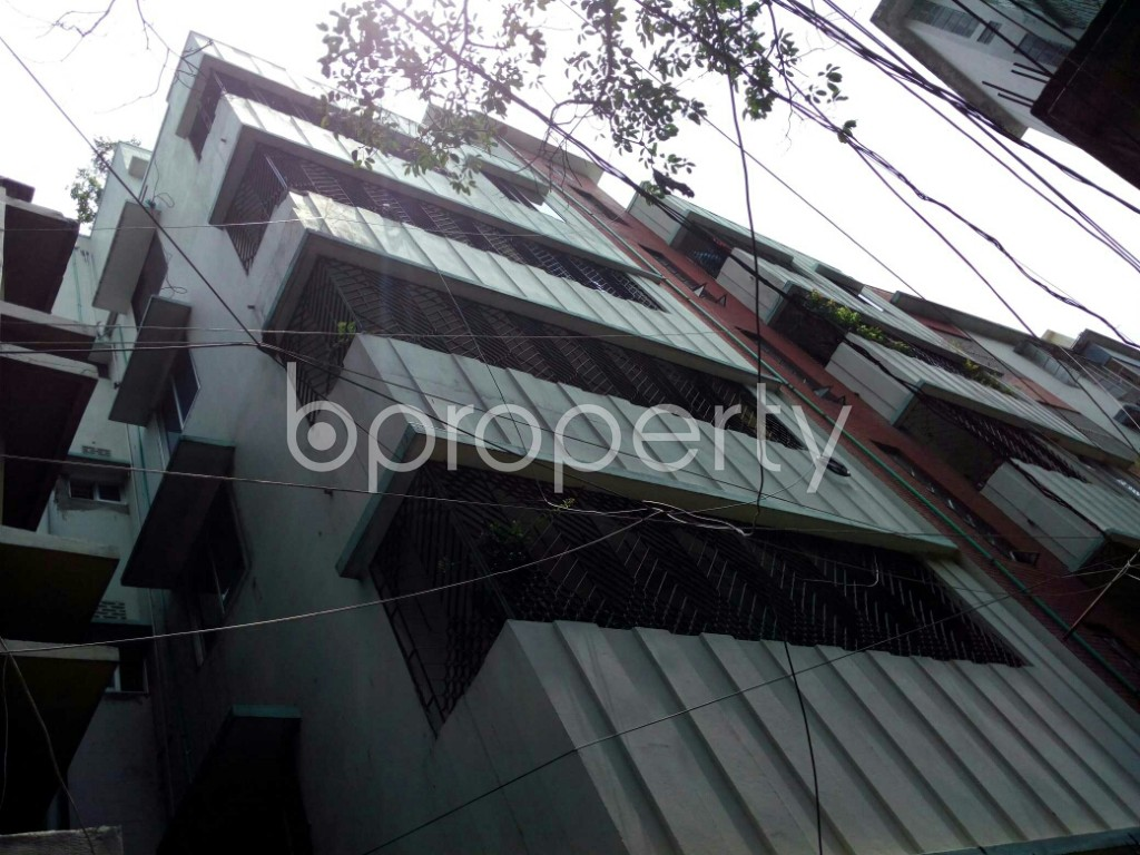 Outside view - 2 Bed Apartment to Rent in Dhanmondi, Dhaka - 1893034