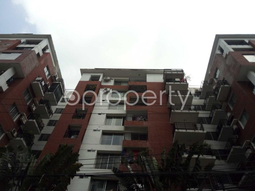 Front view - 3 Bed Apartment for Sale in Bashundhara R-A, Dhaka - 1893172