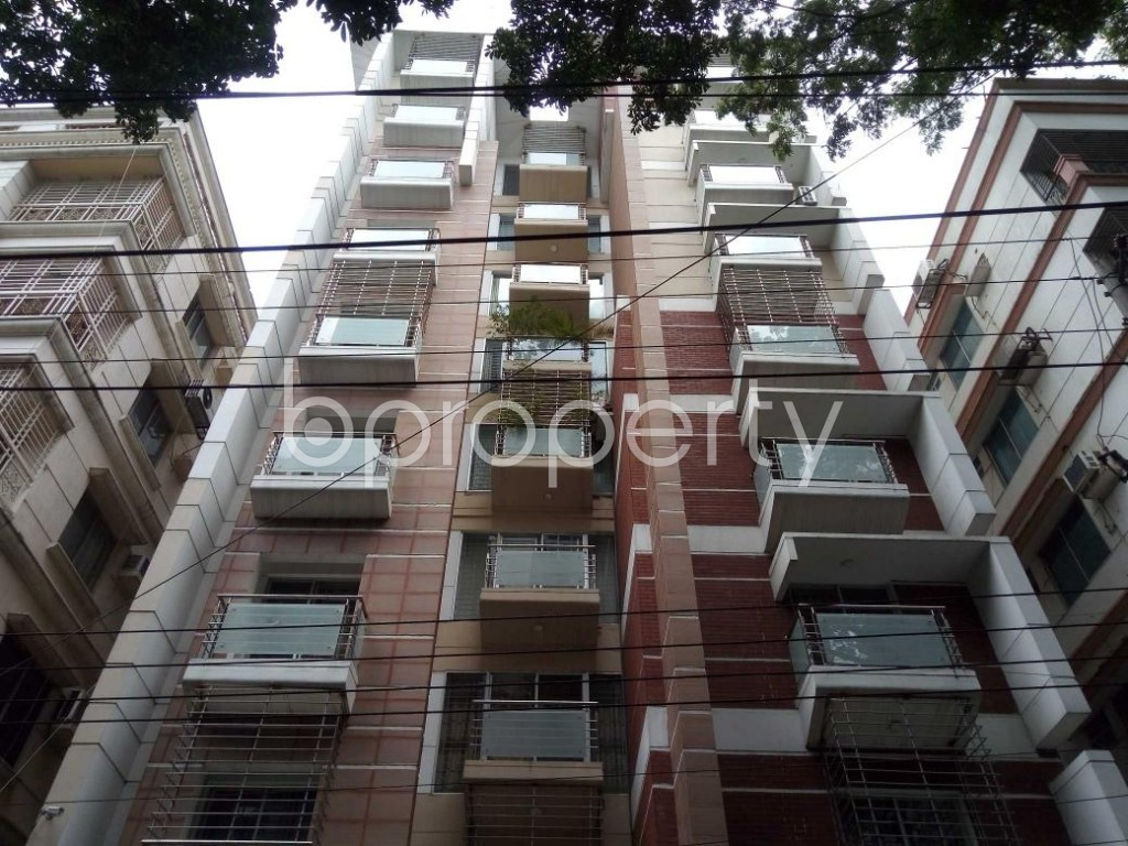 Front view - 3 Bed Apartment to Rent in Banani, Dhaka - 1893201