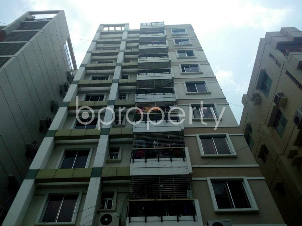 Front view - 3 Bed Apartment for Sale in Bashundhara R-A, Dhaka - 1893388