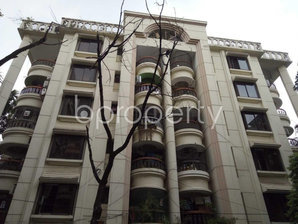 Front view - 3 Bed Apartment to Rent in Gulshan, Dhaka - 1893432
