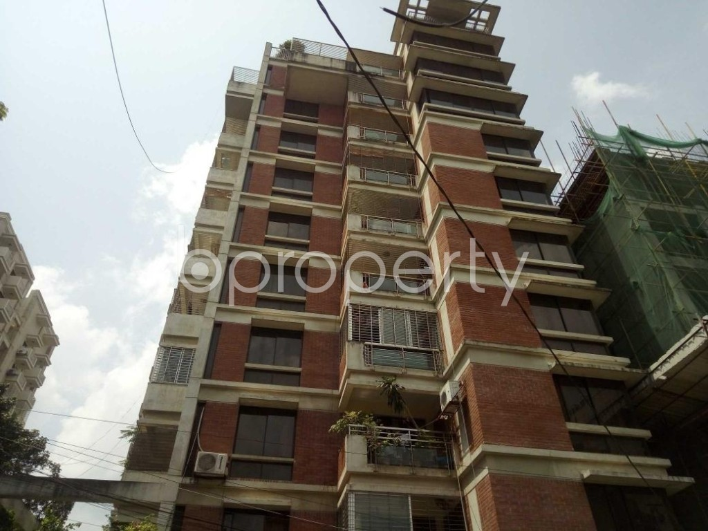 Front view - 3 Bed Apartment to Rent in Gulshan, Dhaka - 1893457