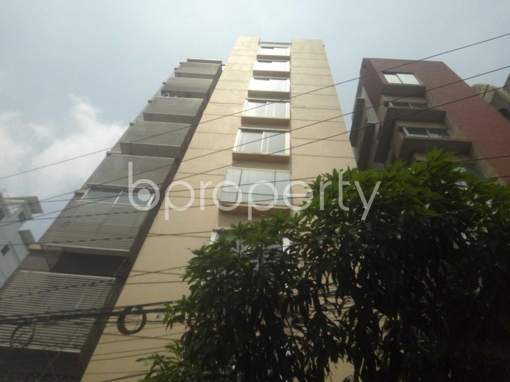 Front view - 3 Bed Apartment to Rent in Baridhara, Dhaka - 1893781