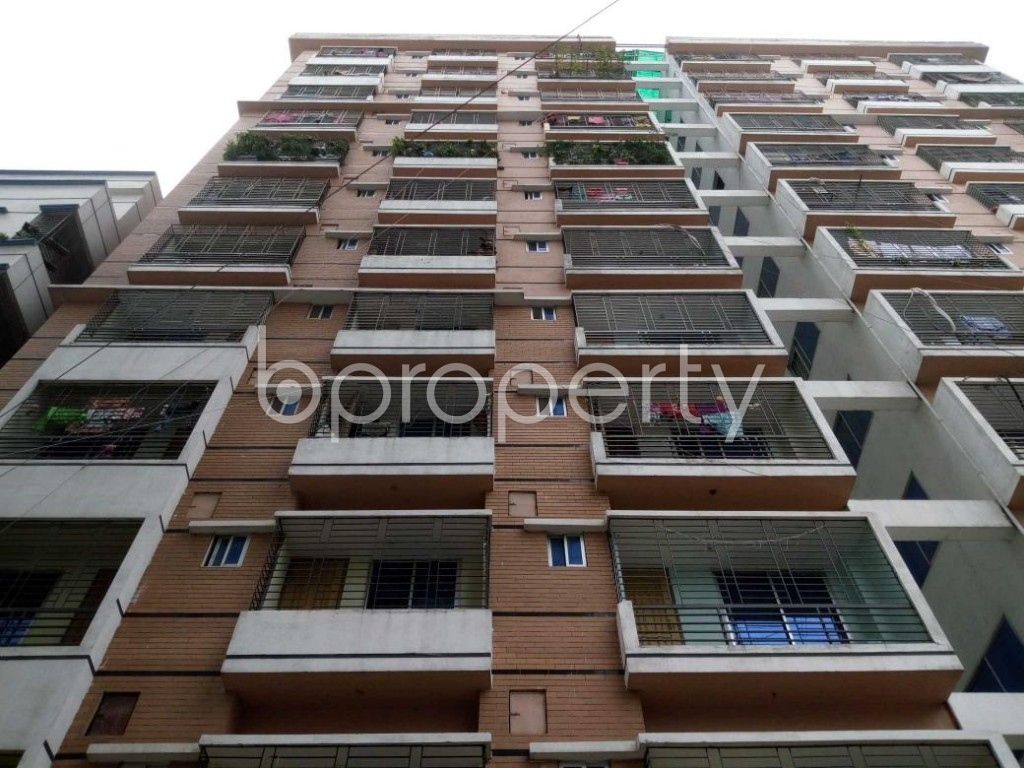 Front view - 3 Bed Apartment to Rent in Mohammadpur, Dhaka - 1893875