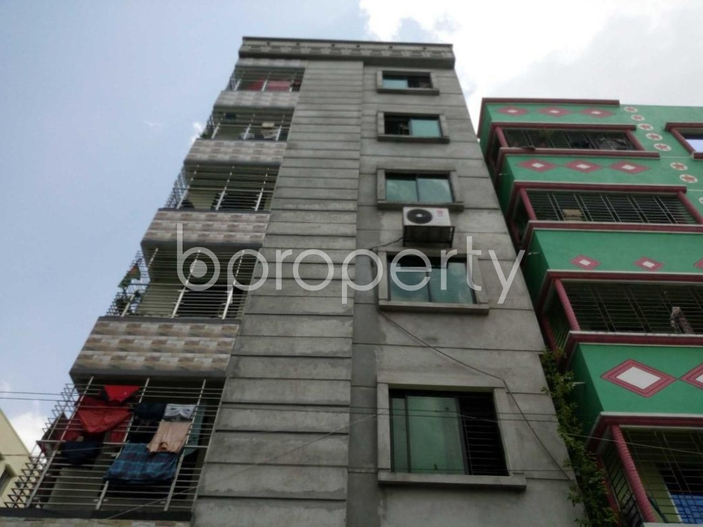 Front view - 3 Bed Apartment to Rent in Mohammadpur, Dhaka - 1893944