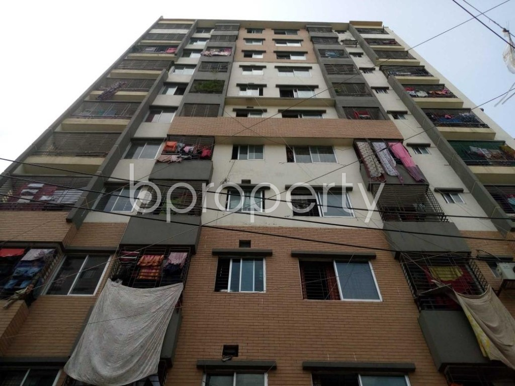 Front view - 3 Bed Apartment to Rent in Mohammadpur, Dhaka - 1893948