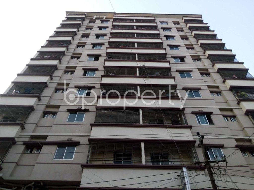 Front view - 3 Bed Apartment to Rent in Mohammadpur, Dhaka - 1894123