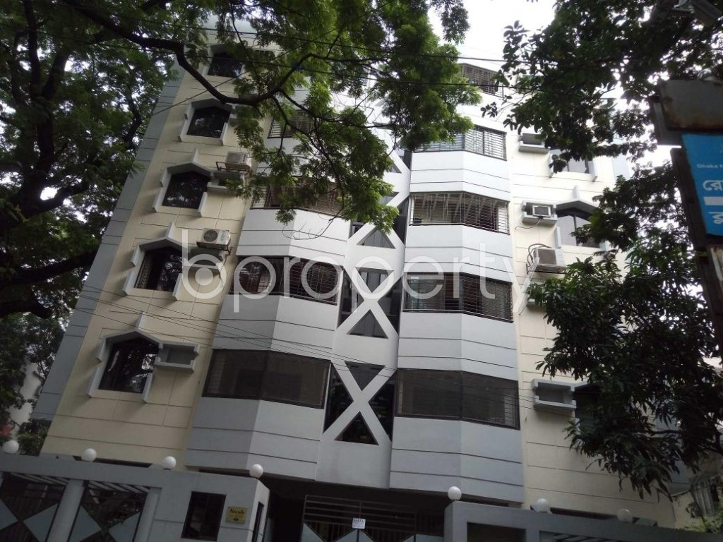 Front view - 3 Bed Apartment to Rent in Banani, Dhaka - 1894130