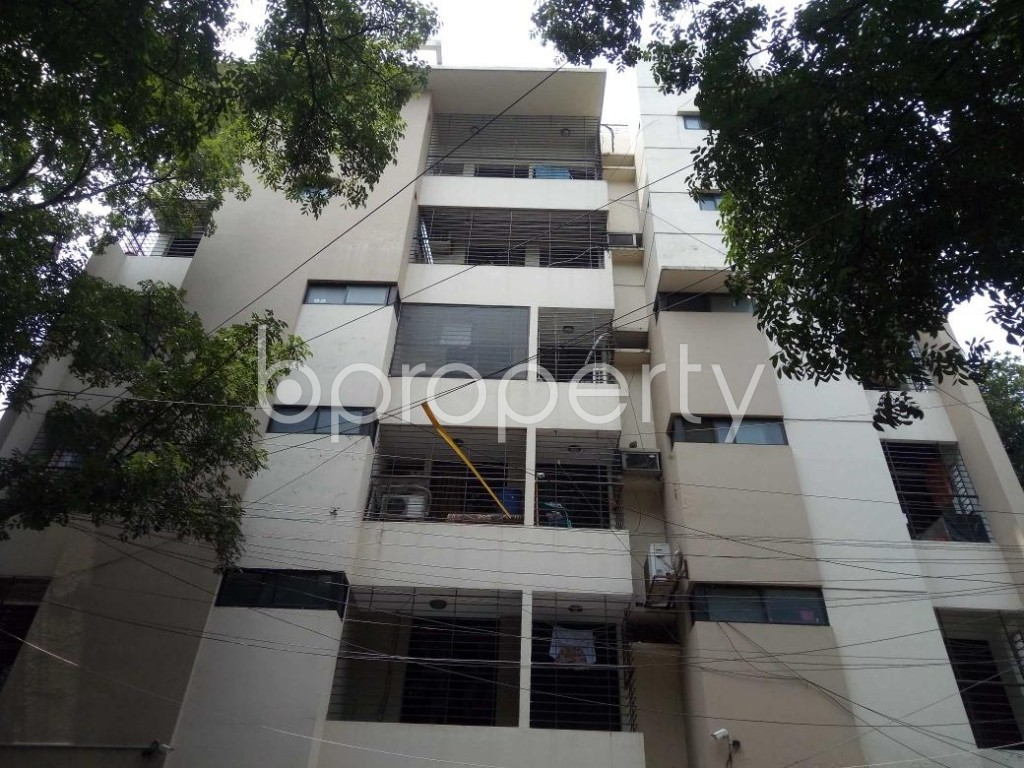 Front view - 3 Bed Apartment to Rent in Banani, Dhaka - 1894178