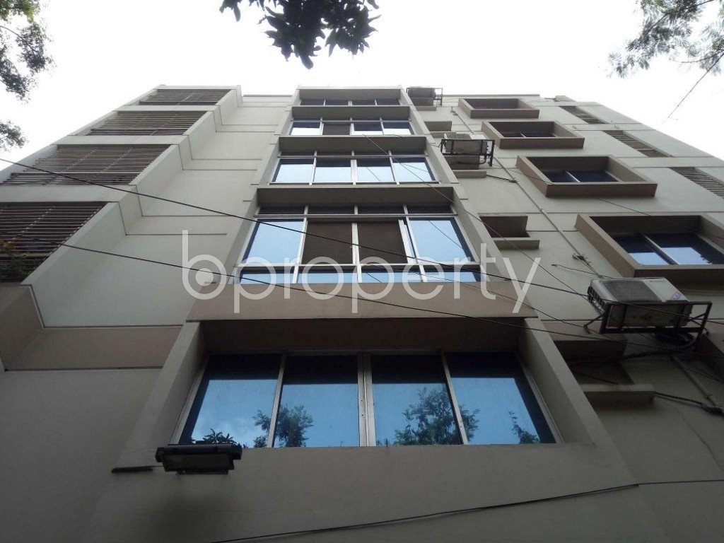 Front view - 3 Bed Apartment to Rent in Banani, Dhaka - 1894193