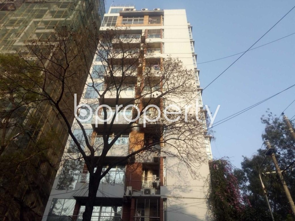 Front view - 3 Bed Apartment to Rent in Gulshan, Dhaka - 1894538