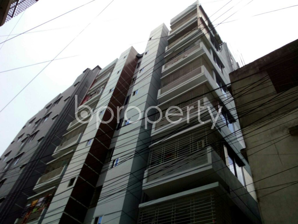Outside view - 3 Bed Apartment to Rent in Dhanmondi, Dhaka - 1894763