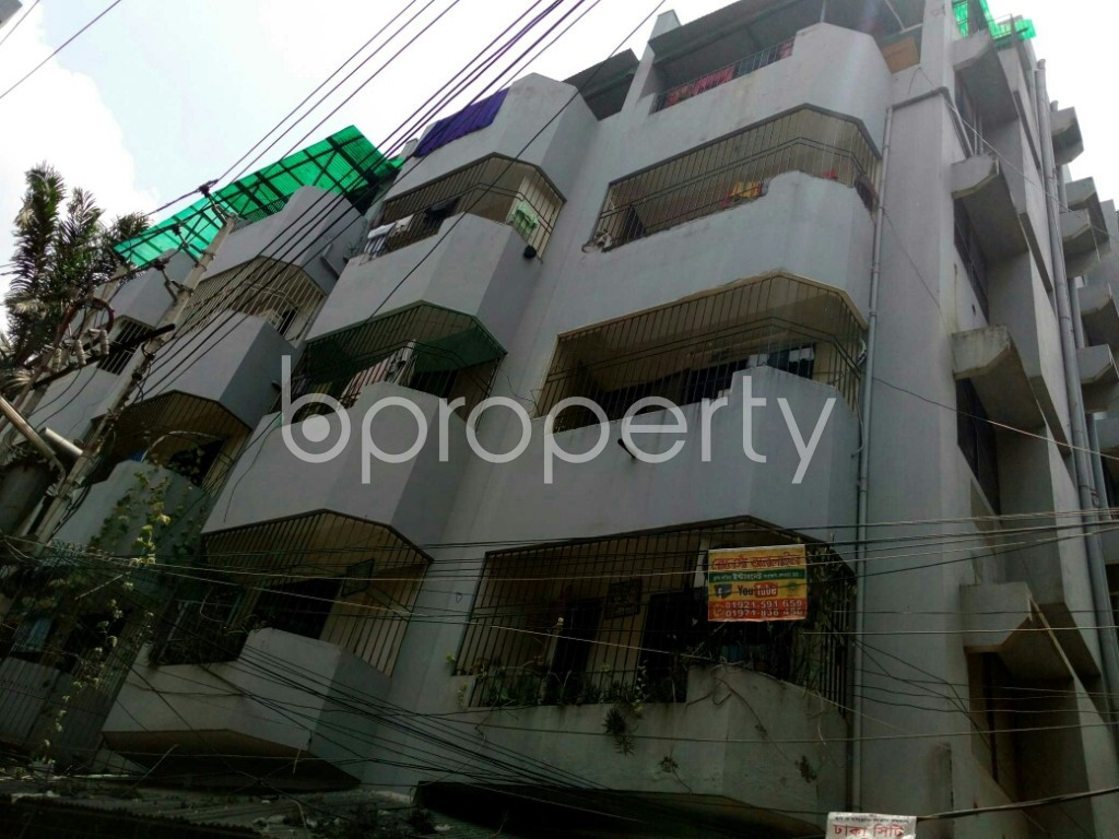 Outside view - 2 Bed Apartment to Rent in Dhanmondi, Dhaka - 1894774