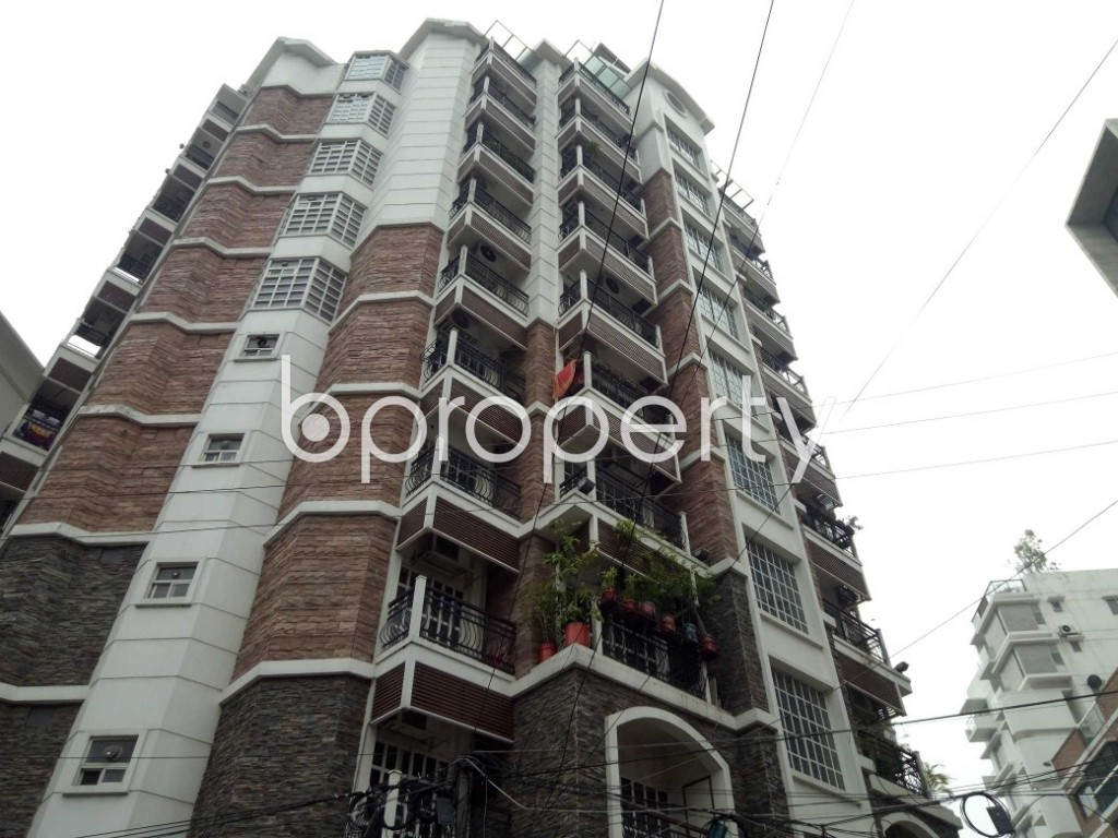 Outside view - 3 Bed Apartment to Rent in Gulshan, Dhaka - 1894797