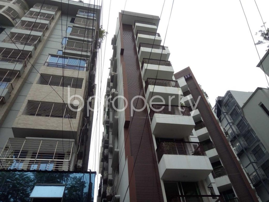 Front view - 3 Bed Apartment to Rent in Banani, Dhaka - 1894862