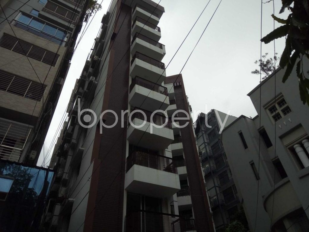 Front view - 3 Bed Apartment to Rent in Banani, Dhaka - 1894868