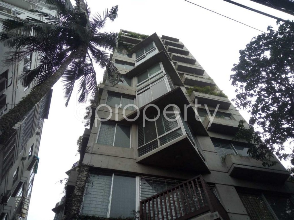 Front view - 3 Bed Apartment to Rent in Gulshan, Dhaka - 1894902