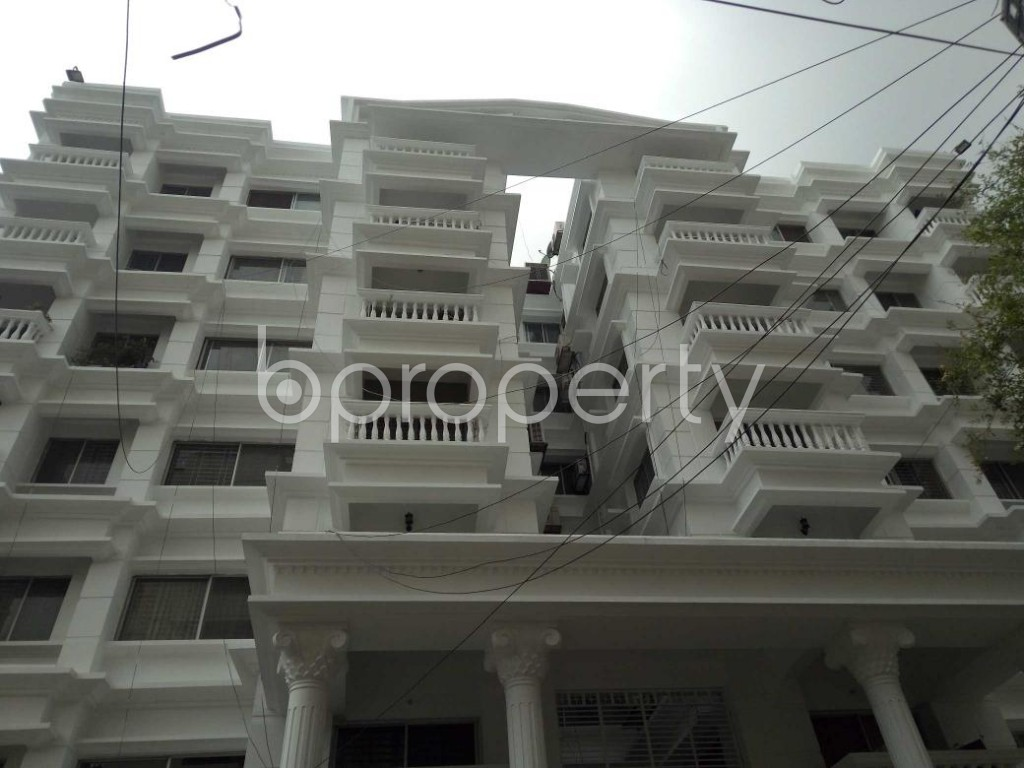Front view - 4 Bed Apartment to Rent in Bashundhara R-A, Dhaka - 1894903