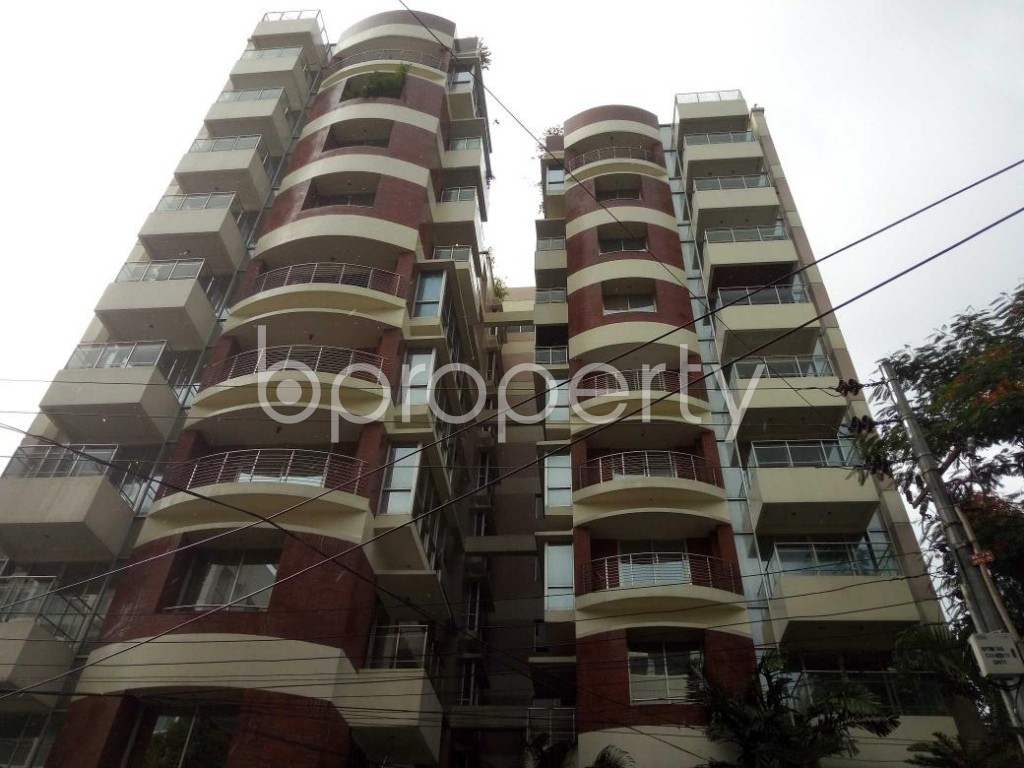 Front view - 4 Bed Apartment to Rent in Gulshan, Dhaka - 1894930