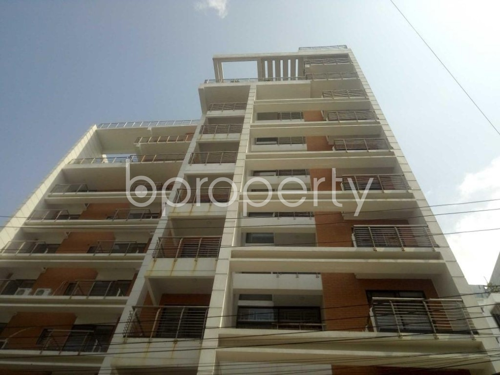 Front view - 3 Bed Apartment to Rent in Baridhara, Dhaka - 1894993