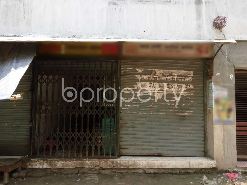 Front view - Shop to Rent in Mohammadpur, Dhaka - 1895030