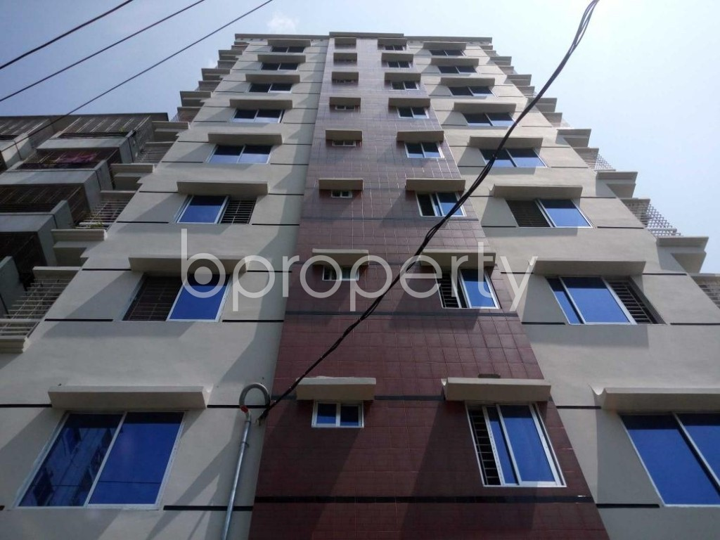 Front view - 3 Bed Apartment to Rent in Mohammadpur, Dhaka - 1895094