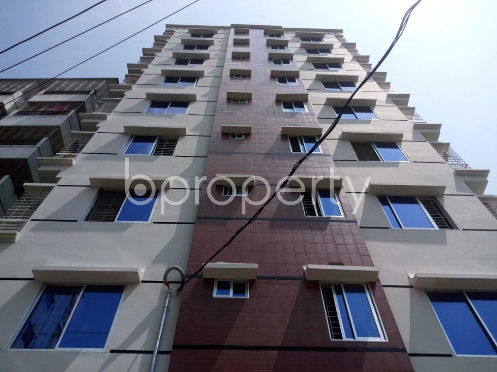 Front view - 3 Bed Apartment to Rent in Mohammadpur, Dhaka - 1895145