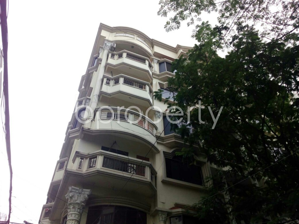 Outside view - 4 Bed Apartment to Rent in Bashundhara R-A, Dhaka - 1895240