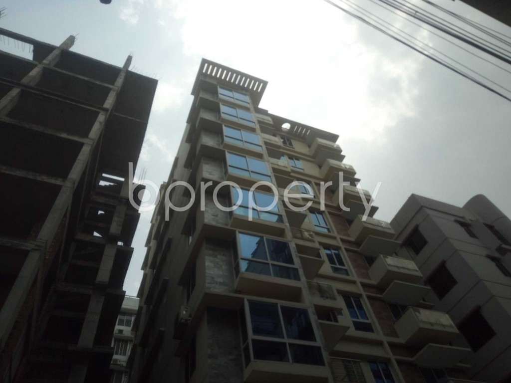 Outside view - 4 Bed Apartment to Rent in Baridhara, Dhaka - 1895277