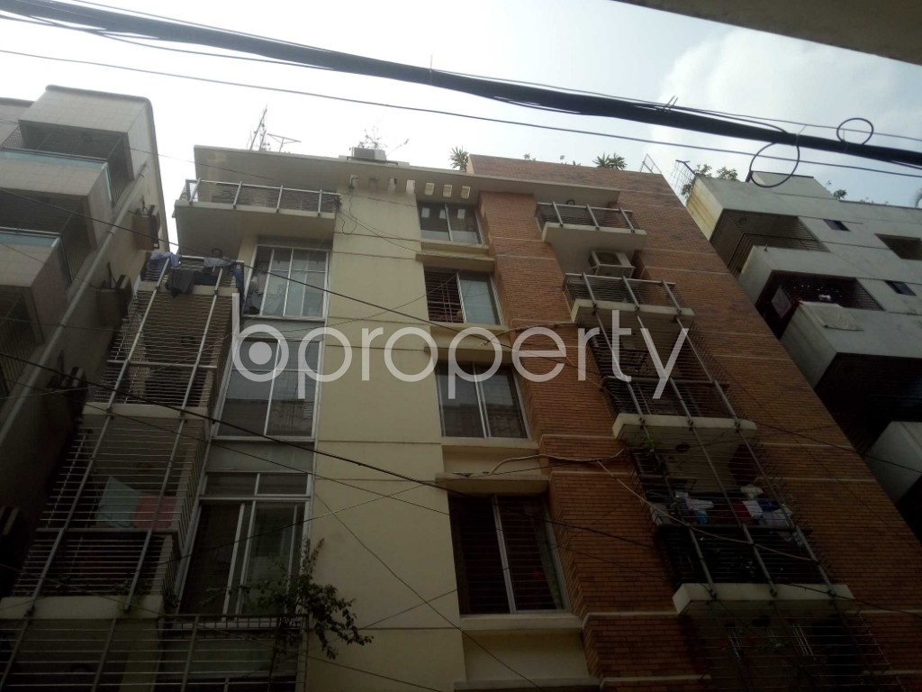 Outside view - 2 Bed Apartment to Rent in Baridhara, Dhaka - 1895300