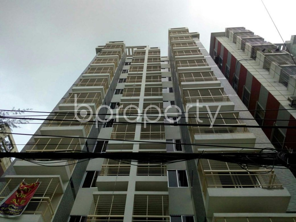 Front view - 3 Bed Apartment to Rent in Bashundhara R-A, Dhaka - 1895442