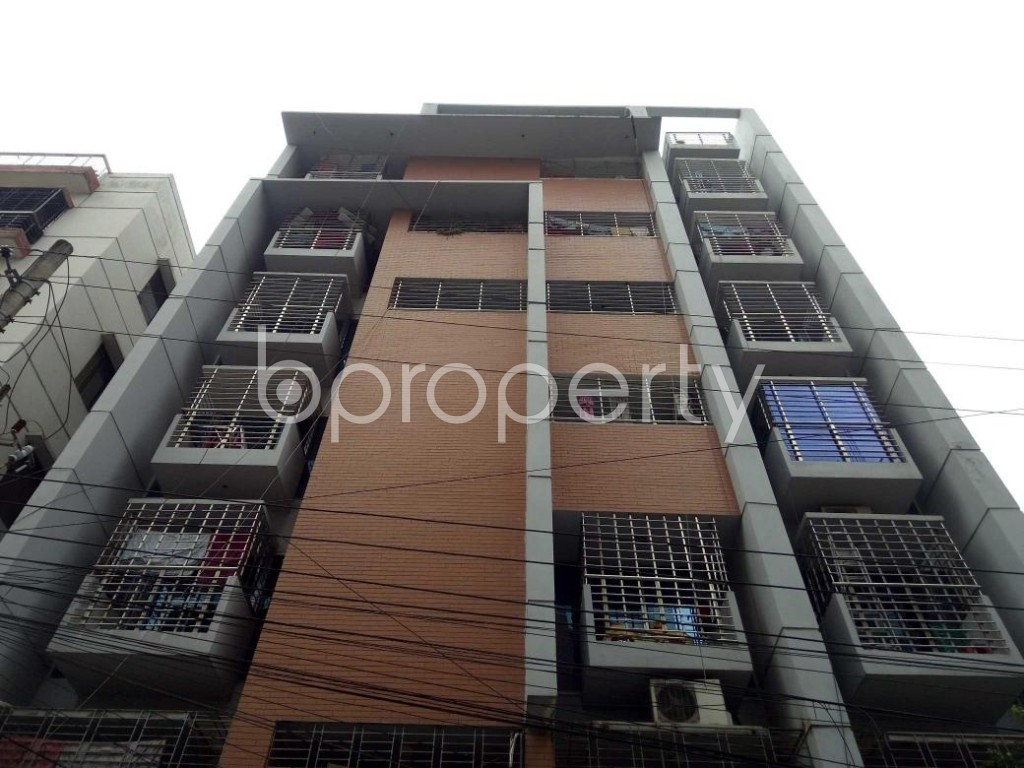 Front view - 3 Bed Apartment to Rent in Bashundhara R-A, Dhaka - 1895468