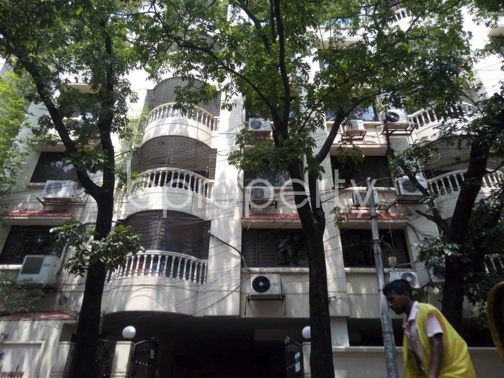Front view - 3 Bed Apartment to Rent in Gulshan, Dhaka - 1895557