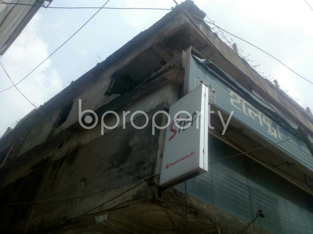 Outside view - Shop to Rent in Rampura, Dhaka - 1895602