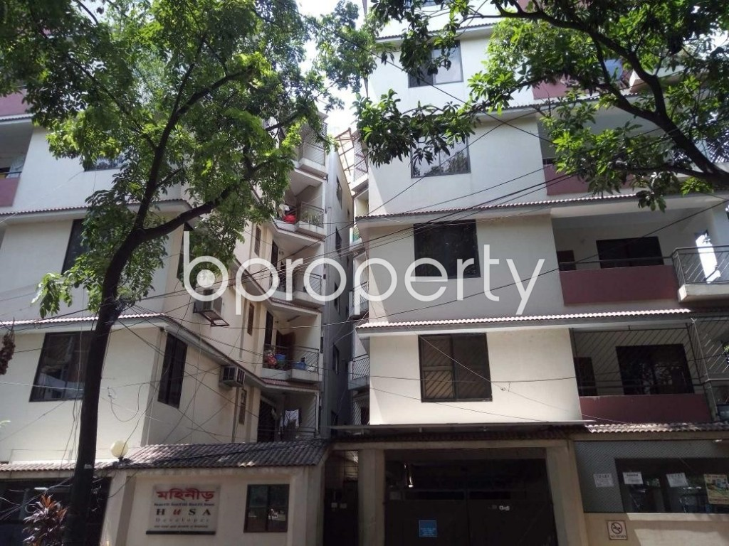 Front view - 3 Bed Apartment to Rent in Banani, Dhaka - 1895565
