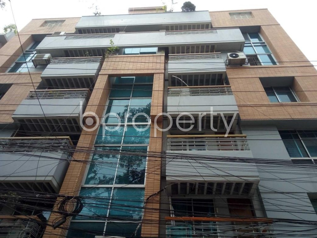 Front view - 4 Bed Apartment to Rent in Banani, Dhaka - 1895767