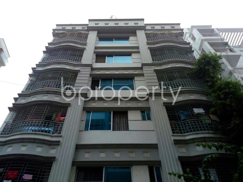 Front view - 2 Bed Apartment to Rent in Bashundhara R-A, Dhaka - 1895778