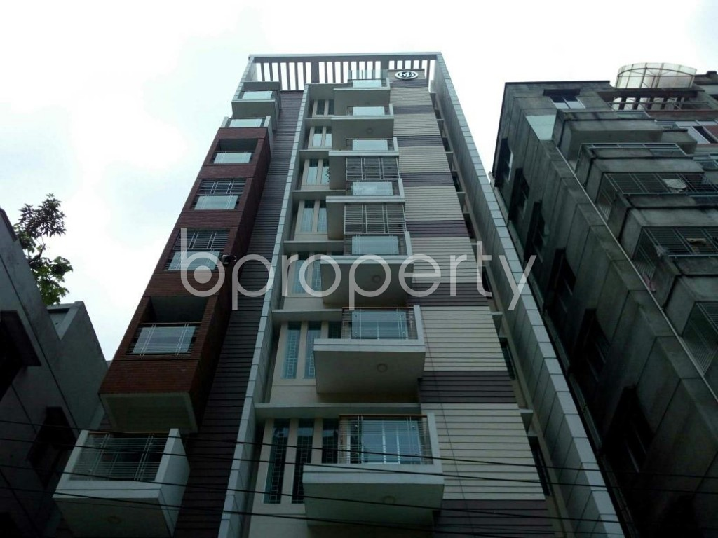 Front view - 3 Bed Apartment to Rent in Bashundhara R-A, Dhaka - 1895786