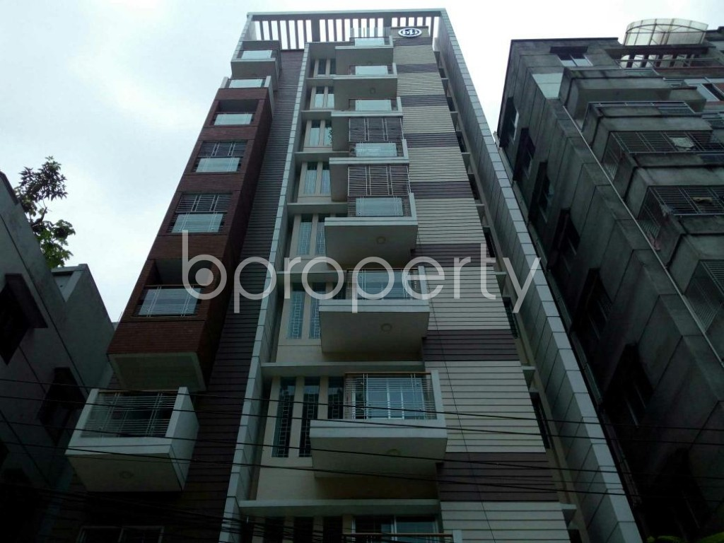 Front view - 3 Bed Apartment to Rent in Bashundhara R-A, Dhaka - 1895787