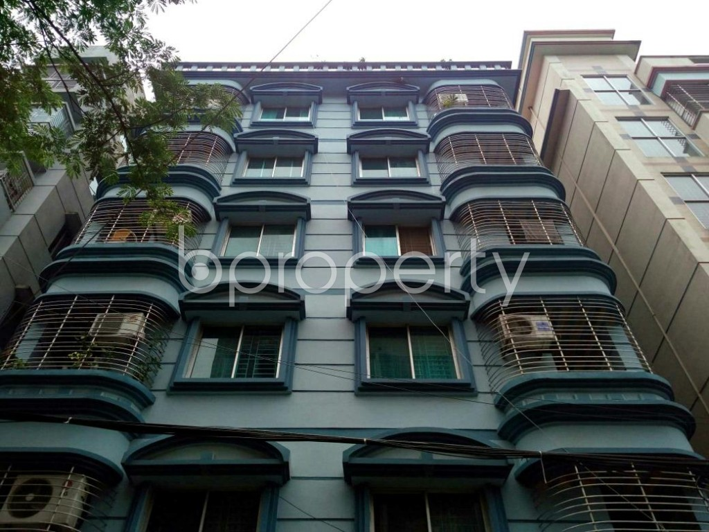 Front view - 3 Bed Apartment to Rent in Bashundhara R-A, Dhaka - 1895804