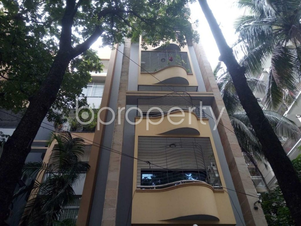 Front view - 4 Bed Apartment for Sale in Banani, Dhaka - 1895891