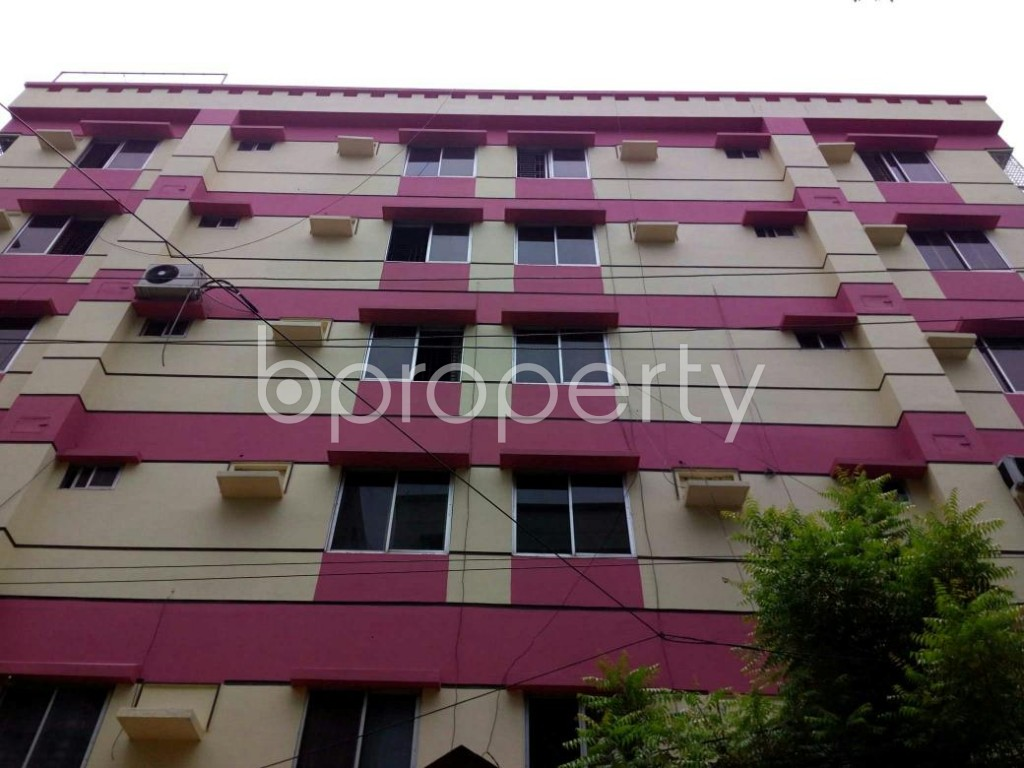 Front view - 3 Bed Apartment to Rent in Bashundhara R-A, Dhaka - 1895921