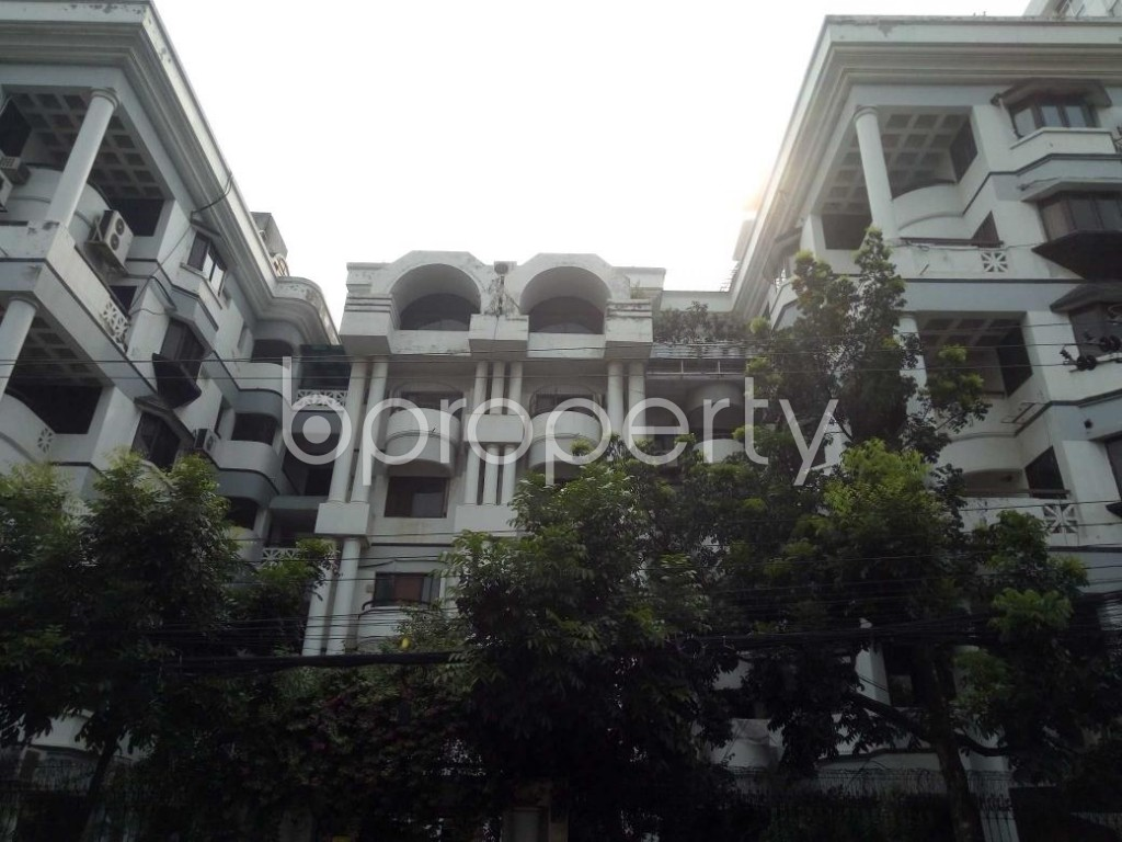 Front view - 4 Bed Apartment to Rent in Gulshan, Dhaka - 1895962